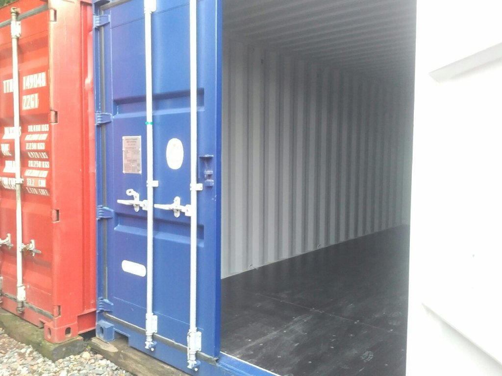 self storage shipping containers in Carlisle on a your lock your key® site